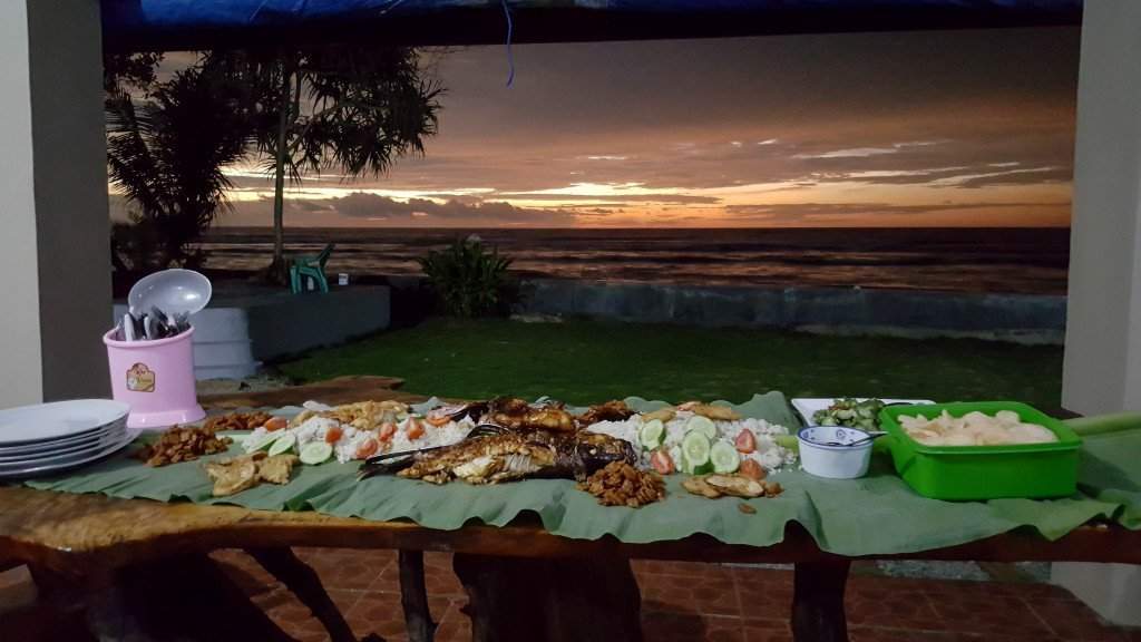 Accomodation in Krui provides beautiful local food and stunning sunsets.