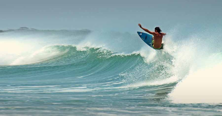 Tamarindo not only offers beginner waves