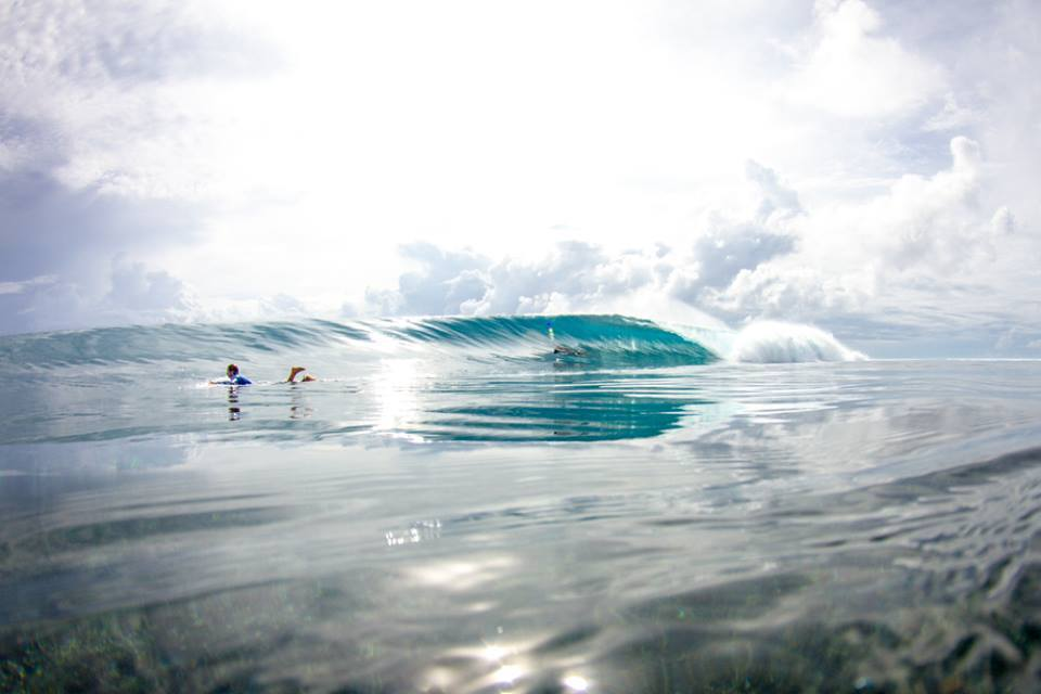 Glassy surf in the Ments
